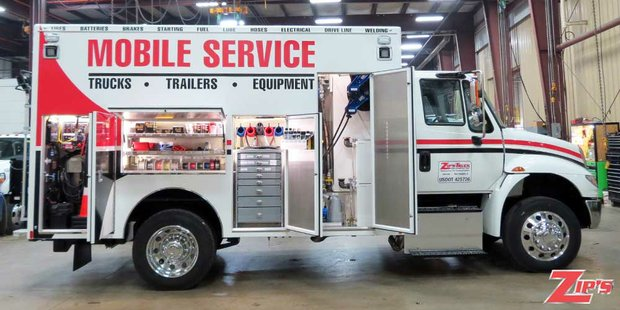 13248f-11-zips-road-service-body-rsb-international-4300.jpg
