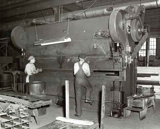 Knapheide Press Operators