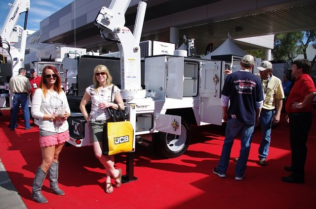Maintainer stand at ConExpo 2014