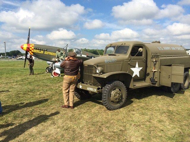 1941 oil service truck